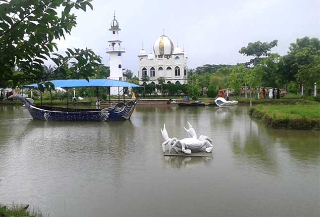 Chandra mahal eco park photo